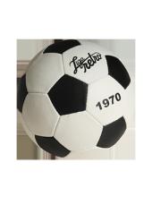 c6a2d8371 er detalhes de Bola Retrô 1970